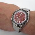 【オメガ スピードマスター シューマッハ】にオリジナル時計ベルトをつけていただきました。
